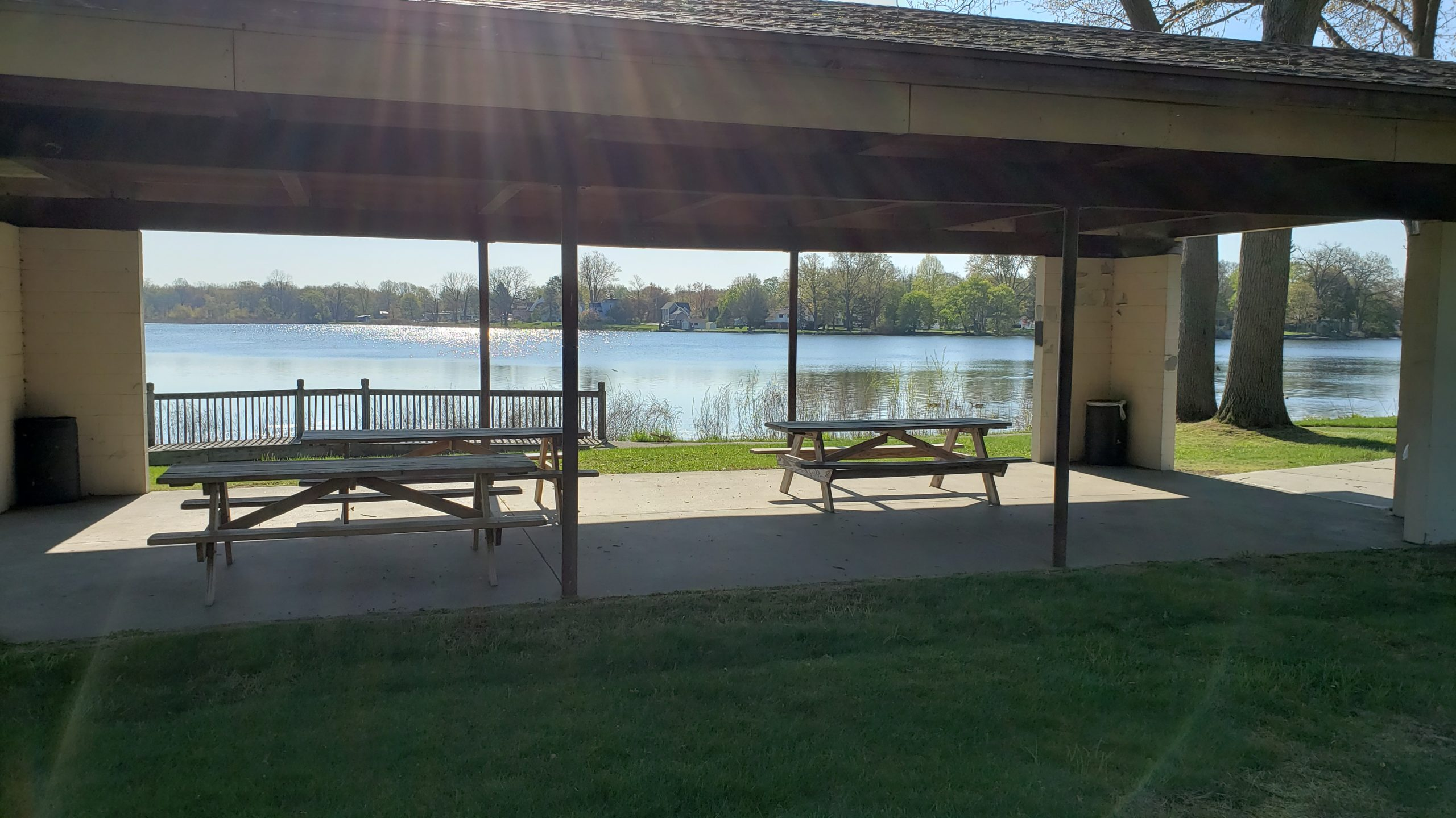 Sunset Lake picnic pavillion